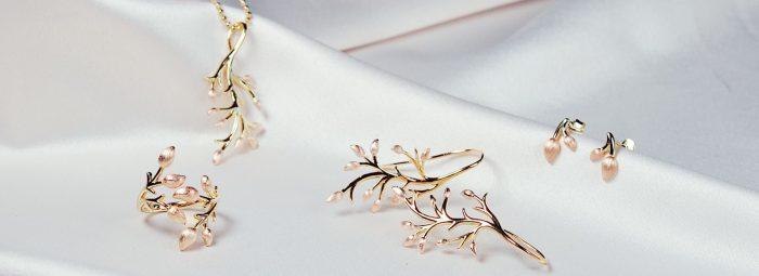 A.Brask - Blomstrene gren smykkesæt